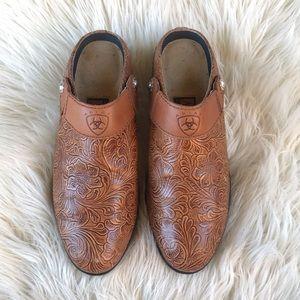 "Ariat mule shoes size 9"""